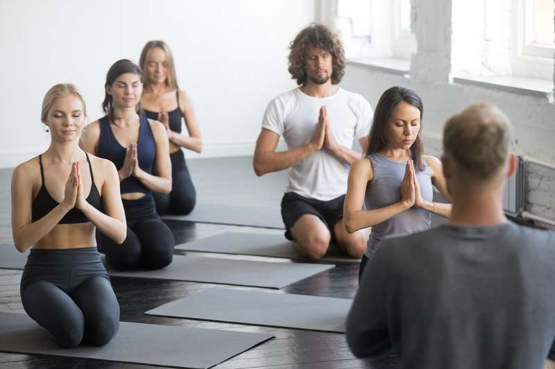 10-types-of-yoga-in-the-check-which-style-suits-you-banner