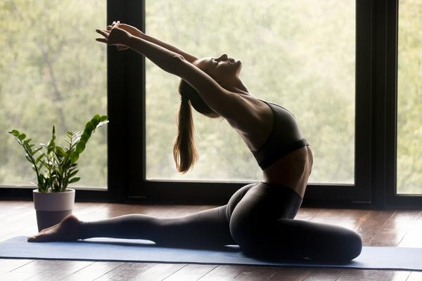 10-types-of-yoga-in-the-check-which-style-suits-you-yin-yoga