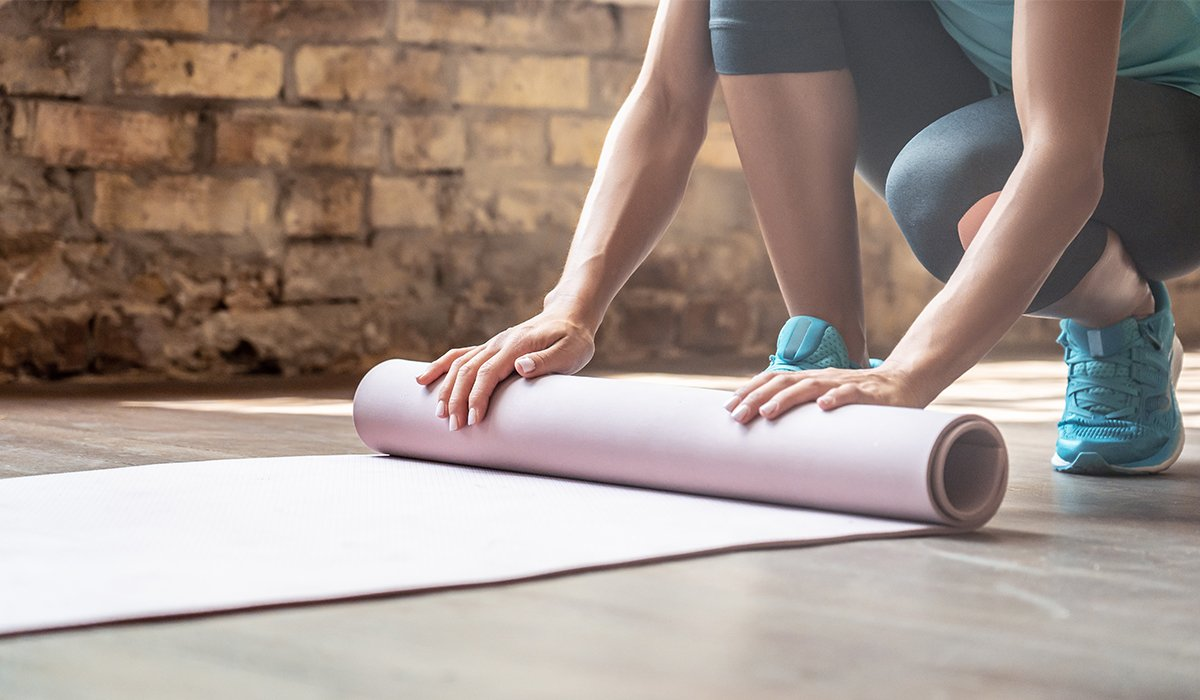 For-Yoga-Pilates-or-Fitness-You-Need-to-Know-This-When-Buying-Your-Exercise-Mat-banner