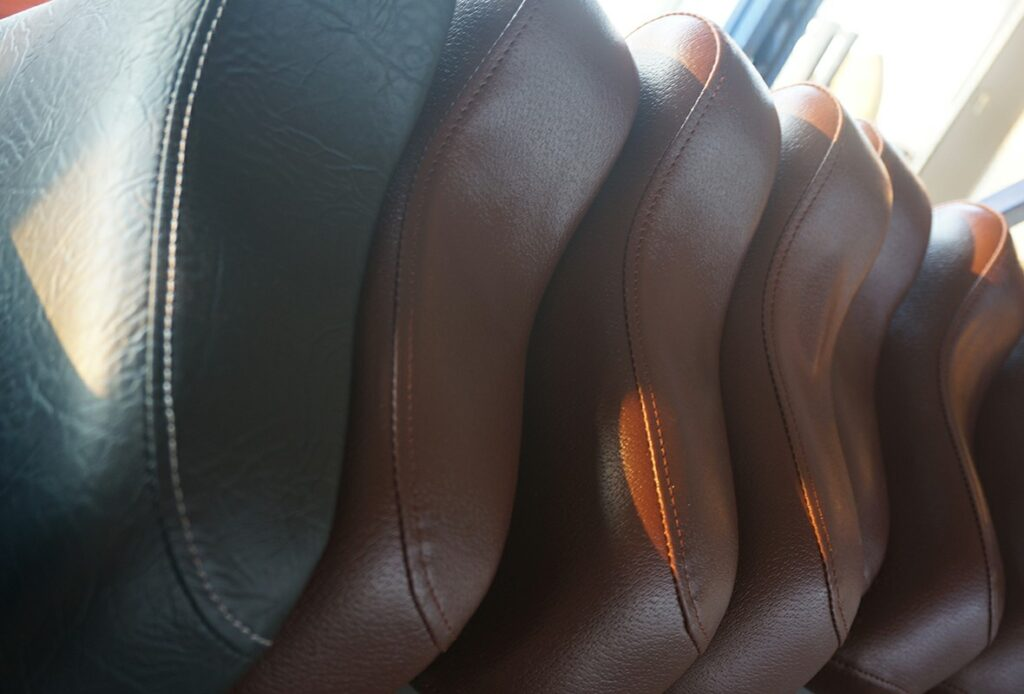 Commercial-Strength-Equipment-Buying-Guide-Seat-Leather
