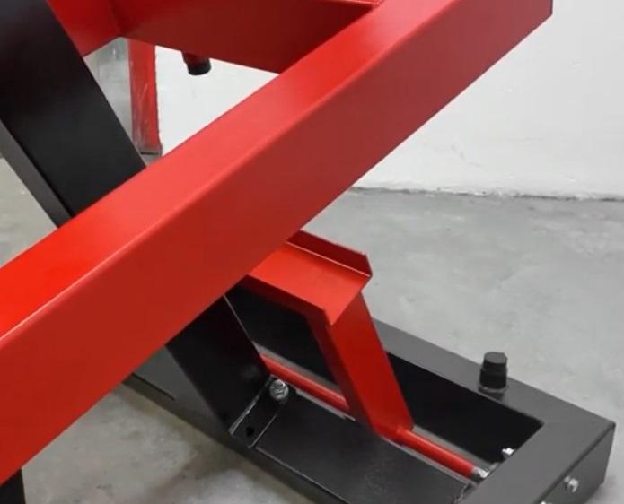 Standing Chest Press Machine 9