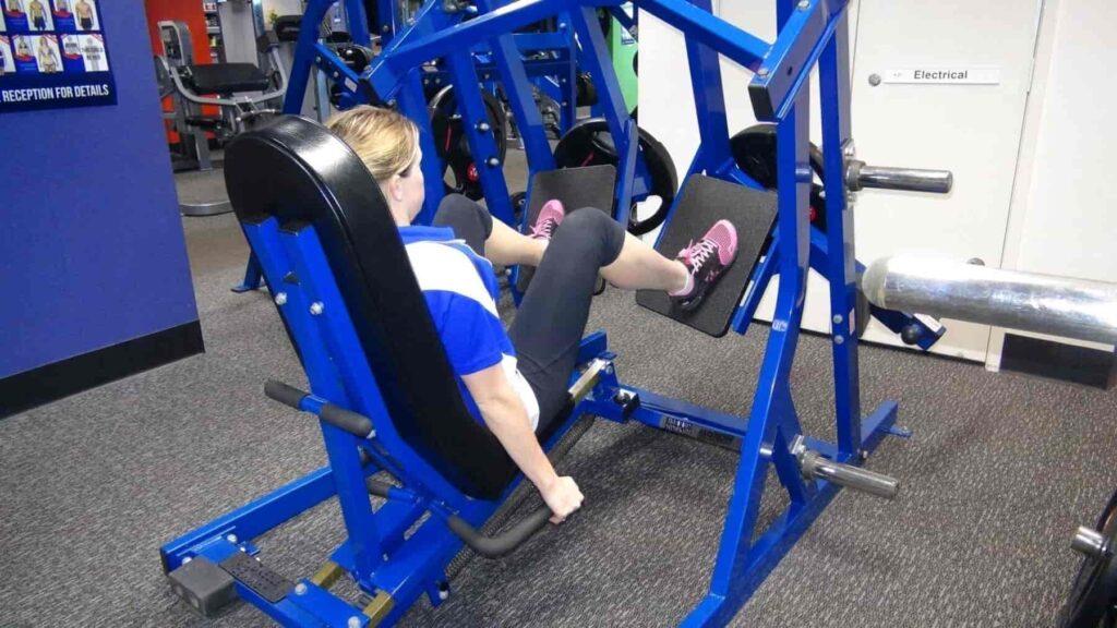 Hammer-Strength Leg Press 10