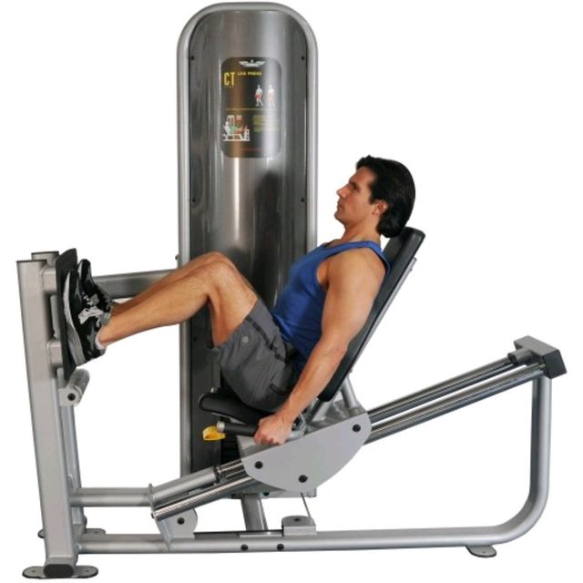 Hammer-Strength Leg Press 12