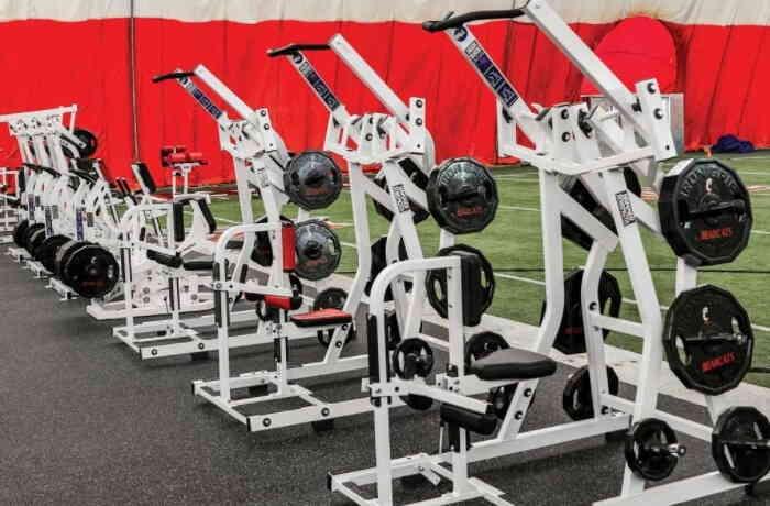Hammer Strength Commercial Gym Equipment 11