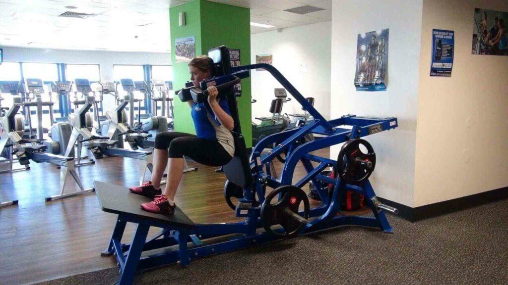 V Squat Machine 2
