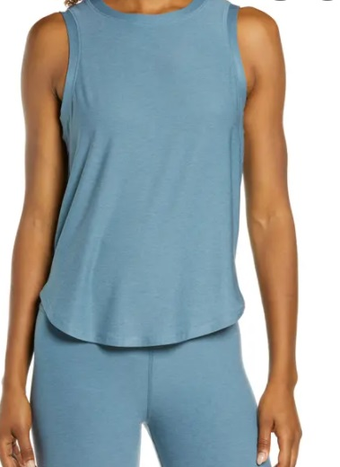 A Definitive Guide to Wholesale Yoga Wear 5