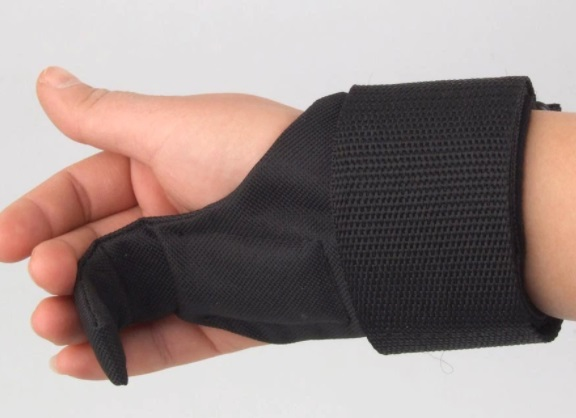 Ultimate Guide to Gym Gloves with Straps 9