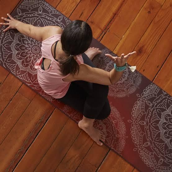 Custom Yoga Mats with Logo 13