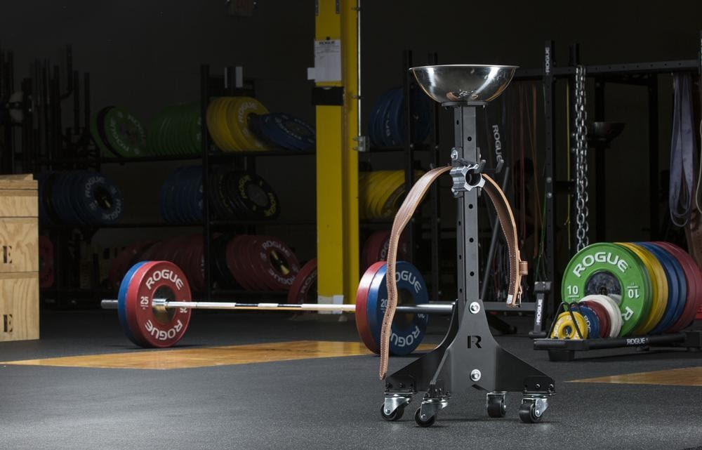 Best Commercial Gym Chalk Stand - The Definitive Guide 7